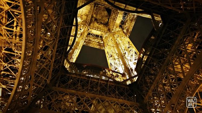 photo de la tour eiffel vue de loin